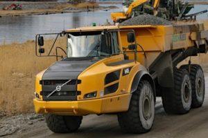 truck-hauling